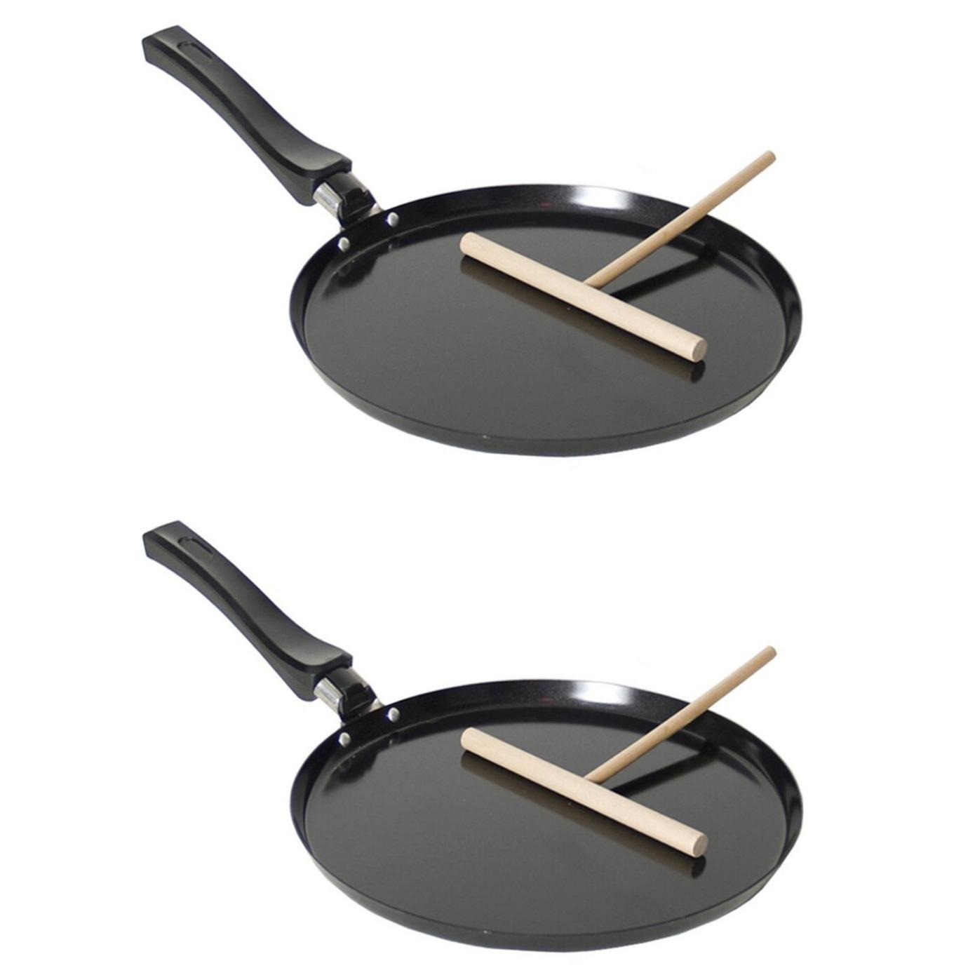 2x stuks zwarte pannenkoekenpannen voor alle hittebronnen 24 cm met houten beslag verdeler